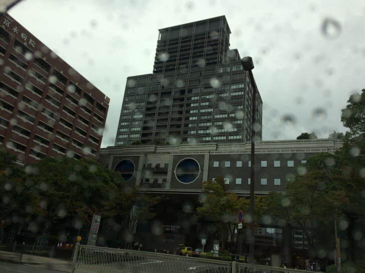 雨のタクシー営業