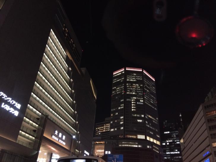 大阪駅前の夜景-2017-1224