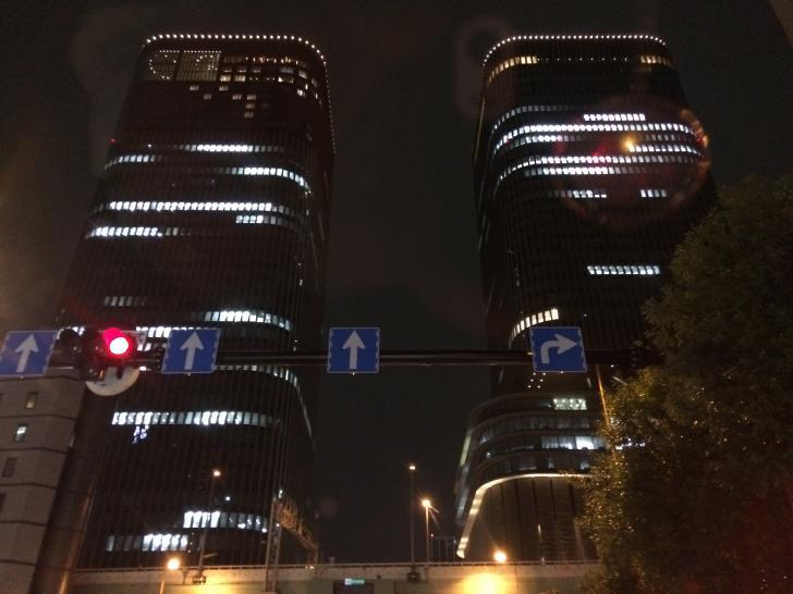 肥後橋交差点-2018-0307